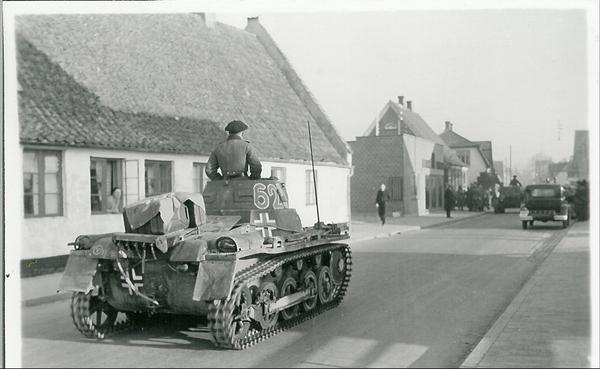 Ingen titel FHM 35642 1200  tysk kampvogn 9  april 01